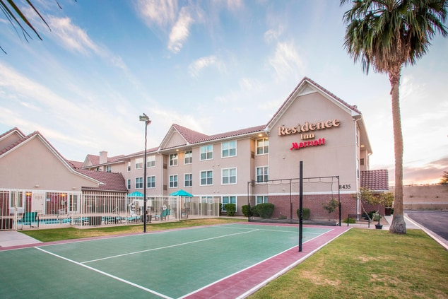 Hotel Sports Court in Peoria