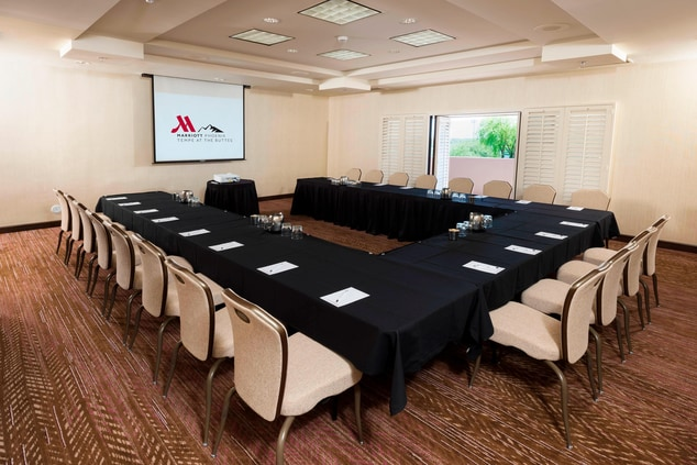 Tempe AZ Breakout Rooms With Natural Light