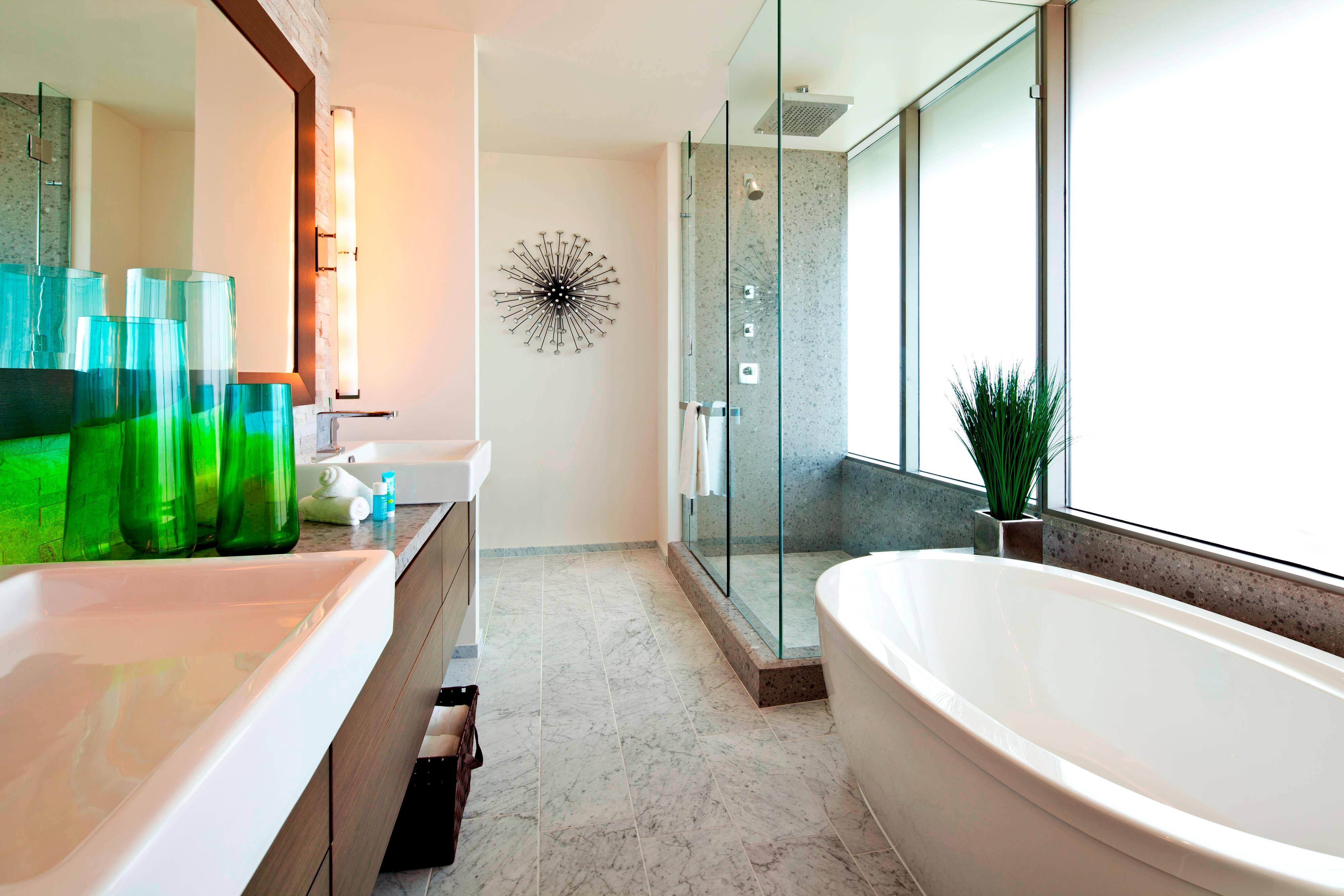 Extreme WOW Suite - Master Bathroom