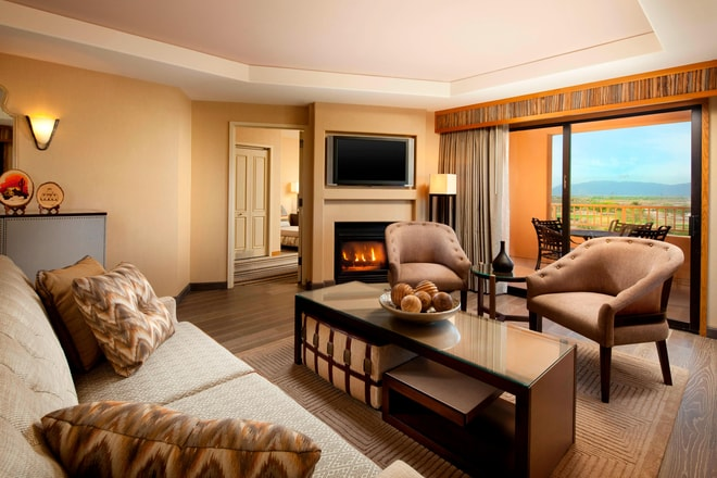 Governors Suite - Living Room