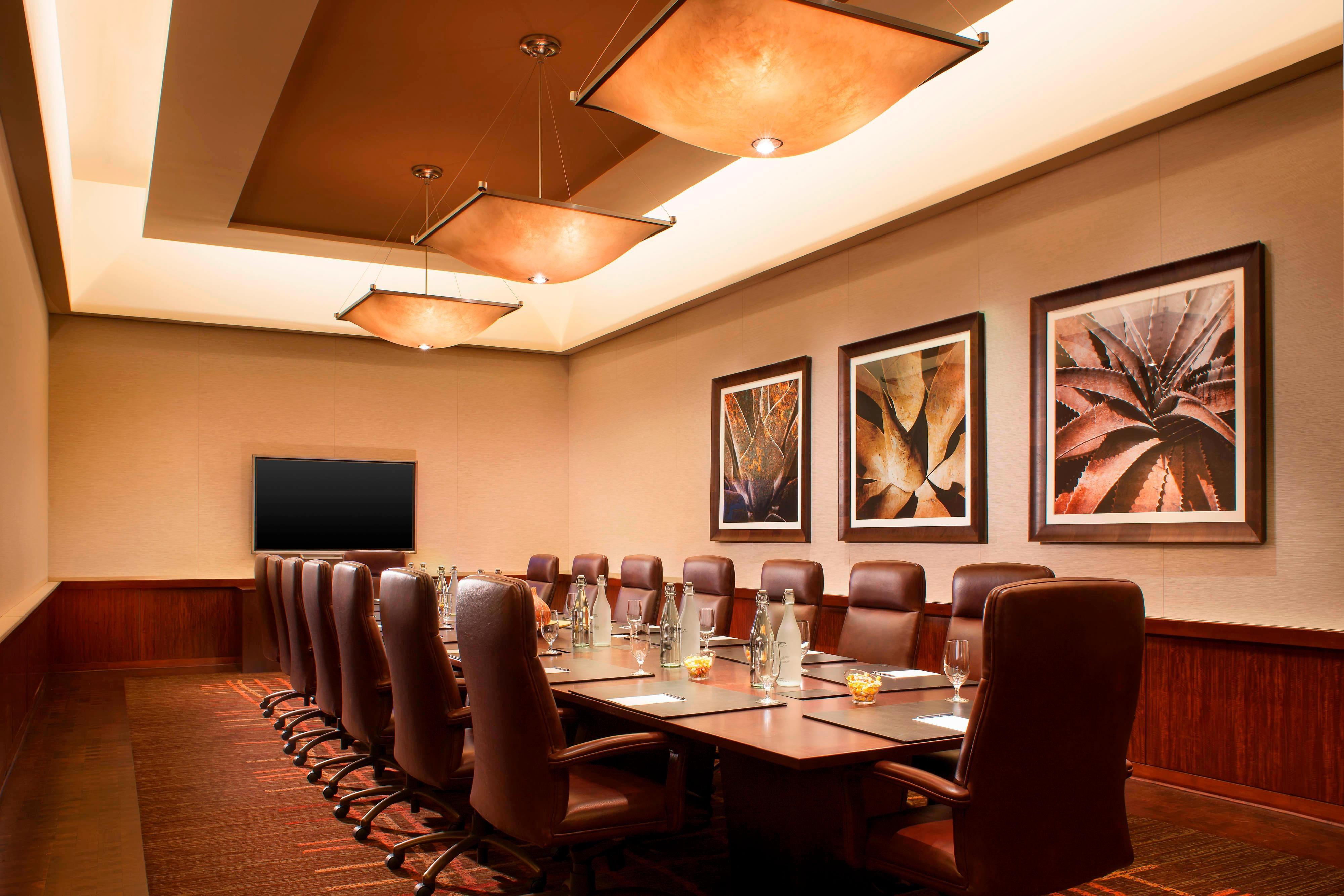 Noble Boardroom