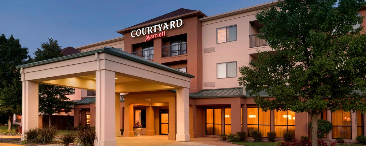Courtyard Peoria Hotel Hotels In Peoria Il