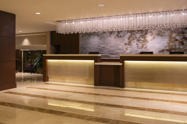 Front Desk at Peoria Marriott Pere Marquette