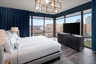 Studio Suite Guest Room with King Bed
