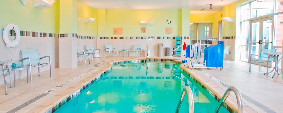 Mt lebanon pa hotel near pittsburgh springhill suites for Indoor swimming pool in lebanon