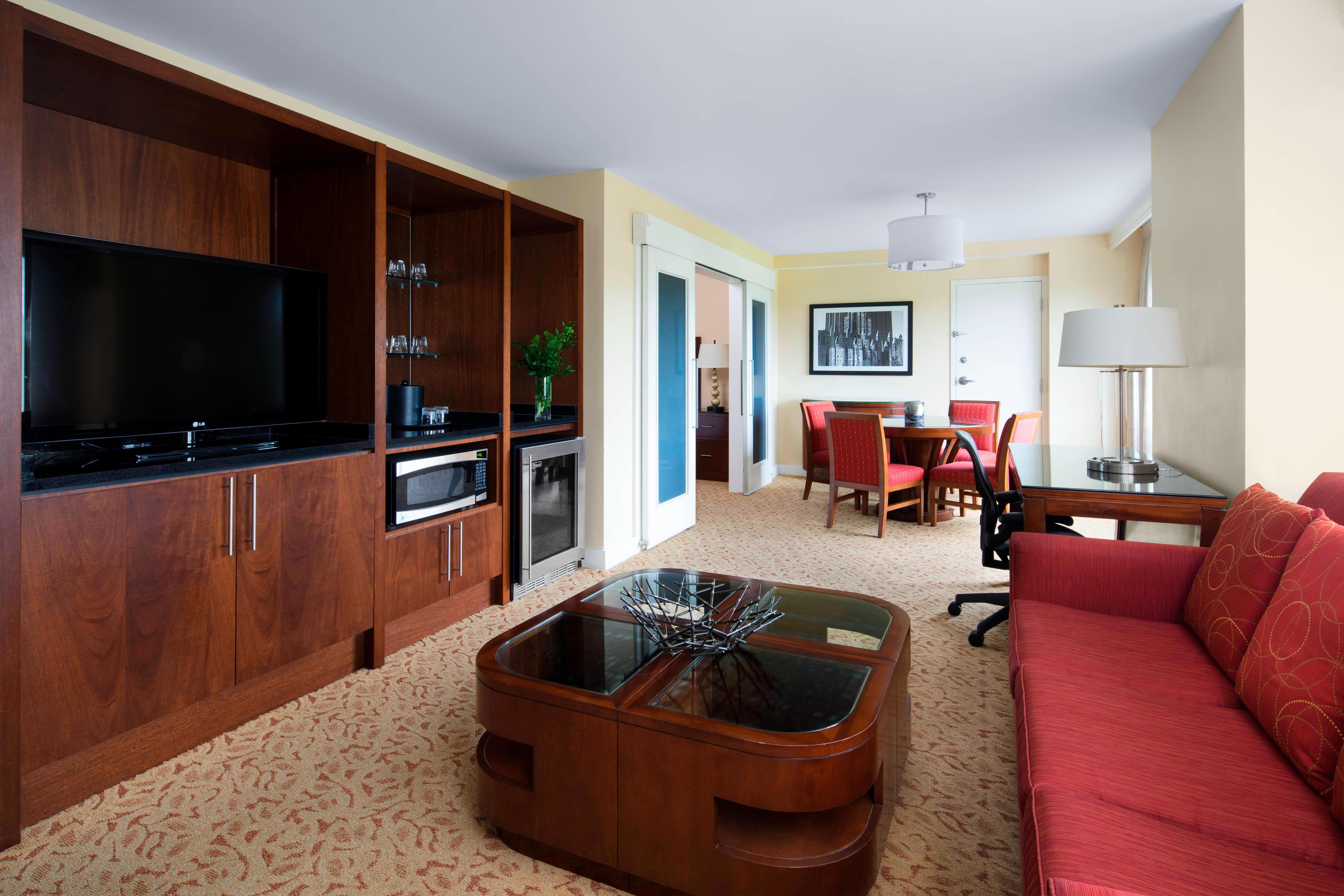 Presidential Suite - Living and Dining Area