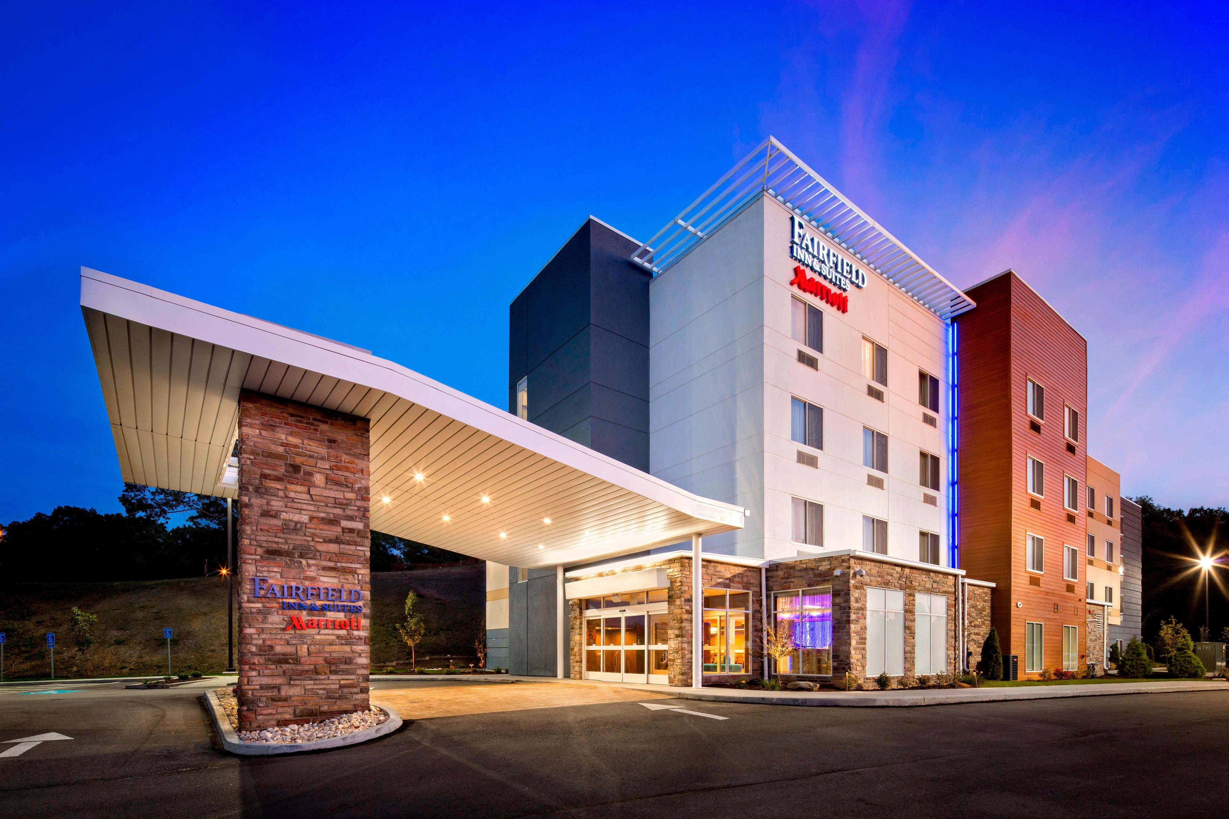 Fairfield Inn & Suites Monaca Exterior