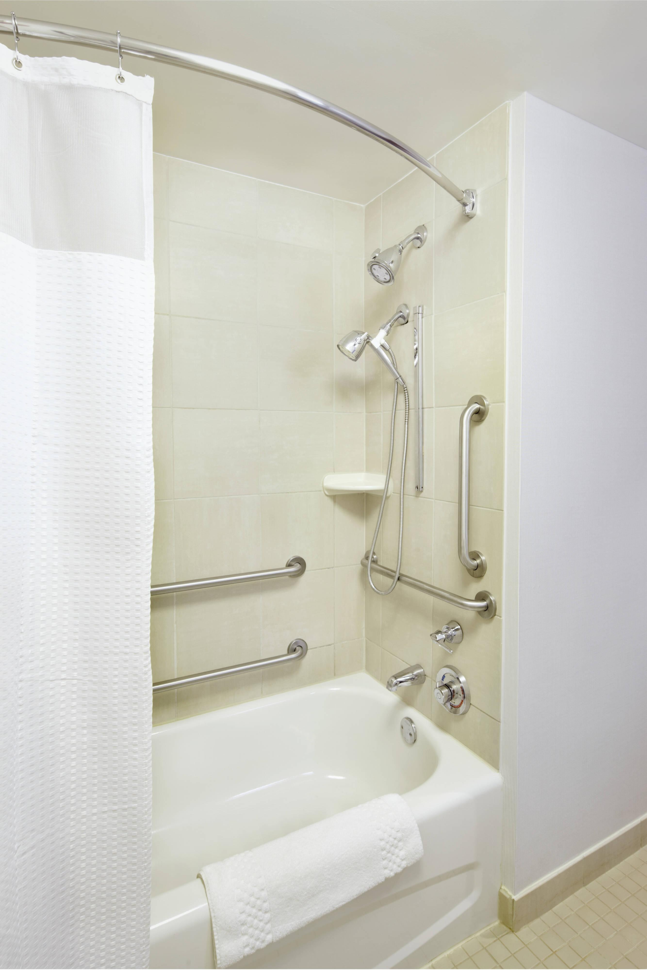 Accessible Bathroom – Bathtub