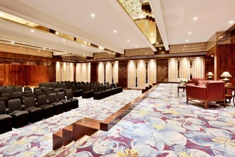 Regal – Theatre-Style Meeting