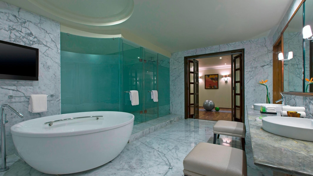 Club Presidential Suite - Bathroom