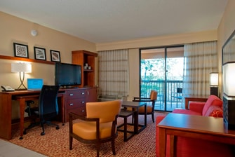 King Suite Courtyard Gulf Shores