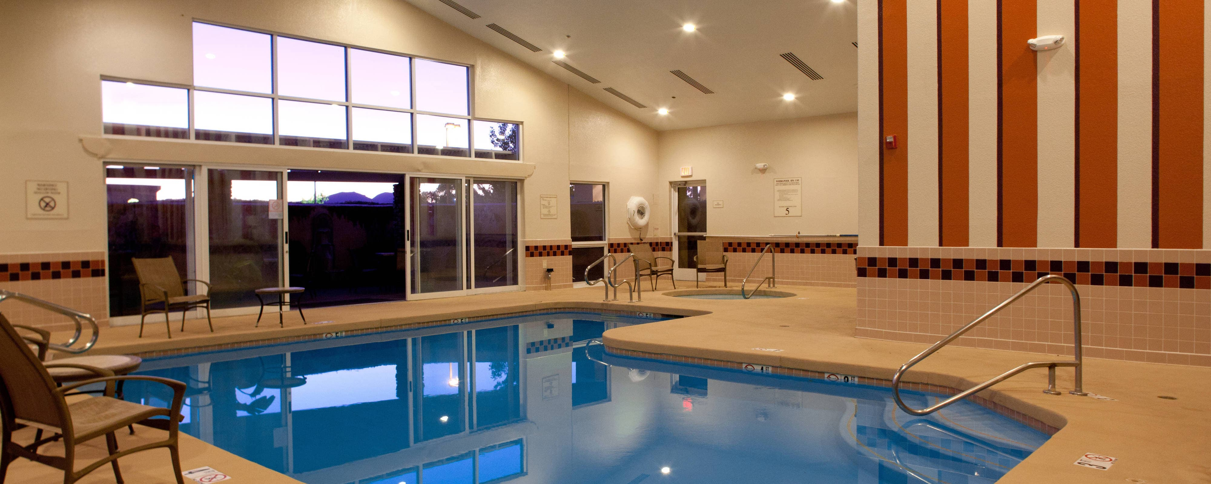 Hotels mit Pool in Prescott