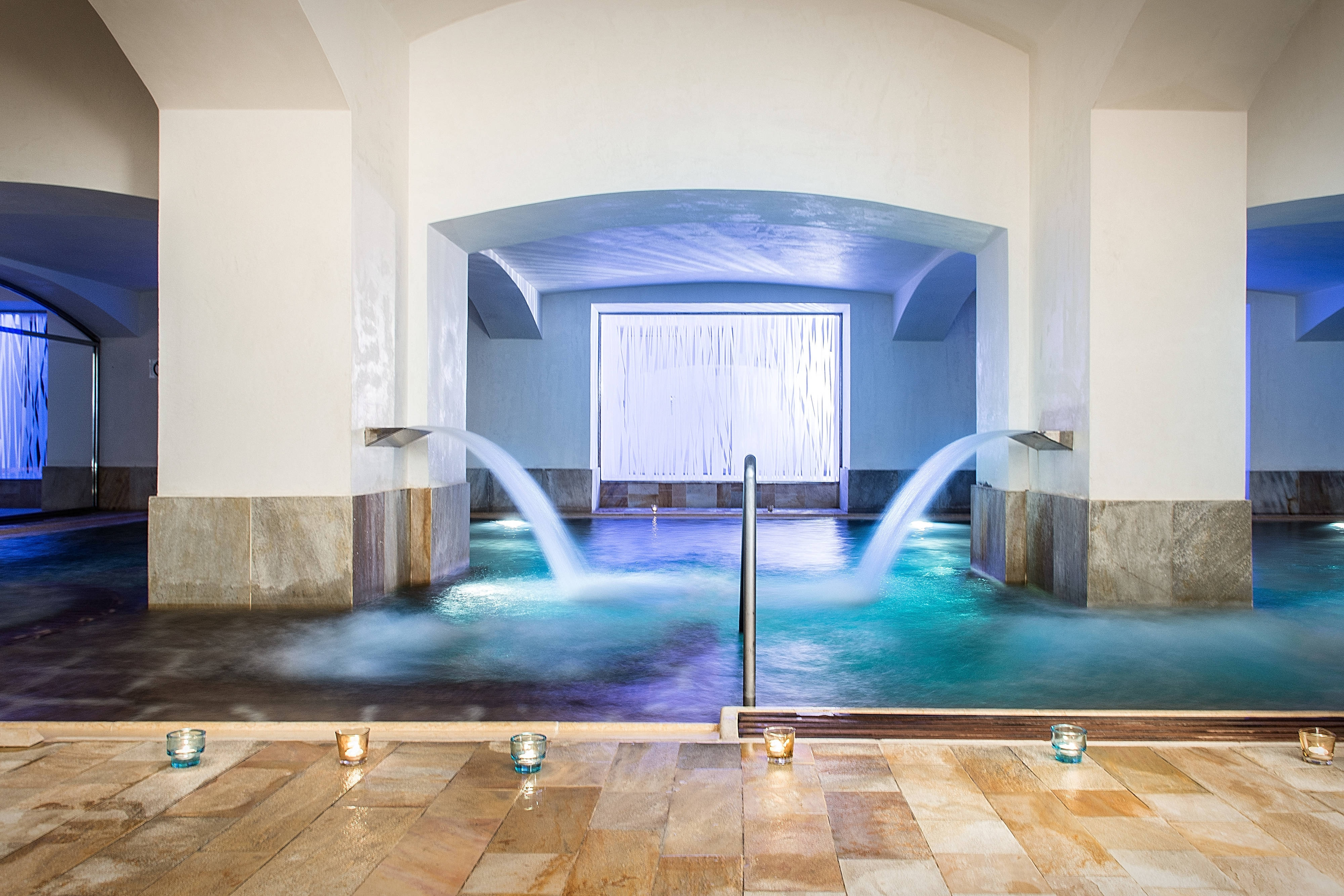Prague hotel with indoor pool