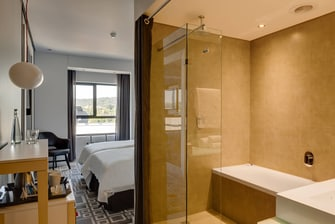 Fire & Ice! Menlyn Twin/Twin Guest Room