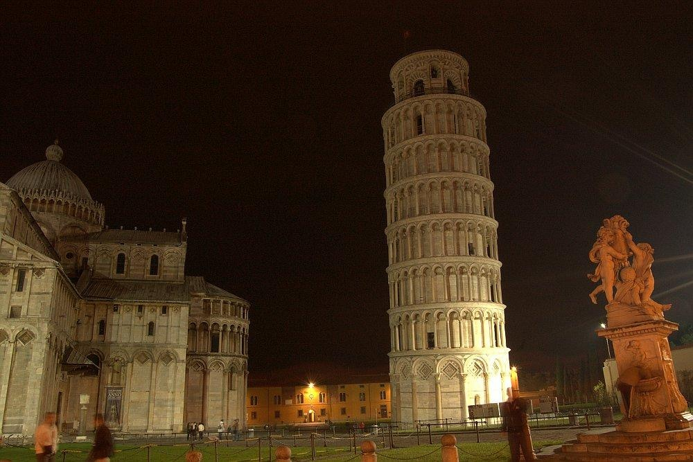 PISA TOWER VIEWS