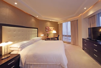 Royal Suite with King Guest Room