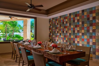 Anani Restaurant Dining Room