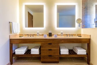 Suite - Bathroom Vanity