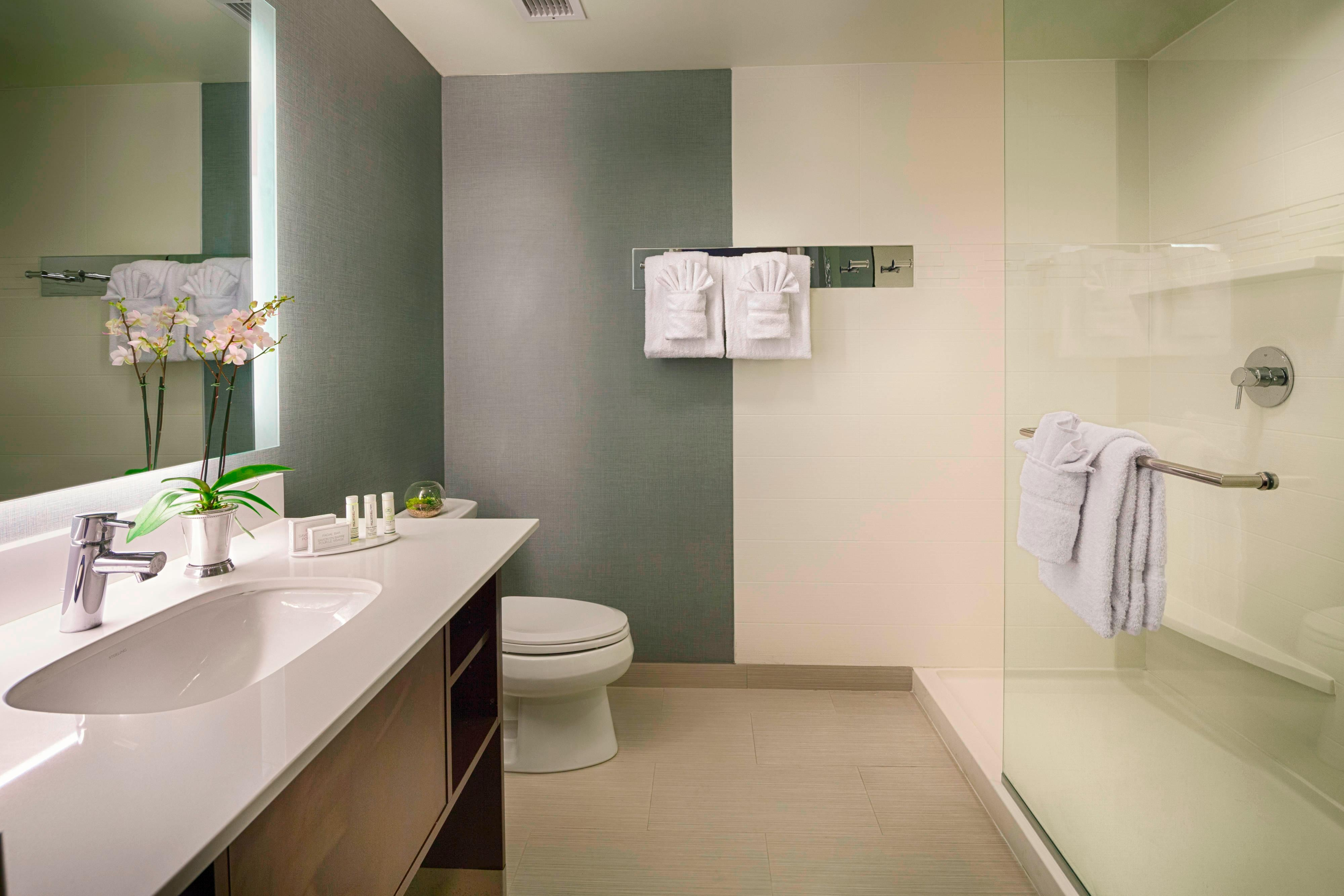 Residence Inn Pullman, Washington Extended Stay Hotel Suite Bathroom