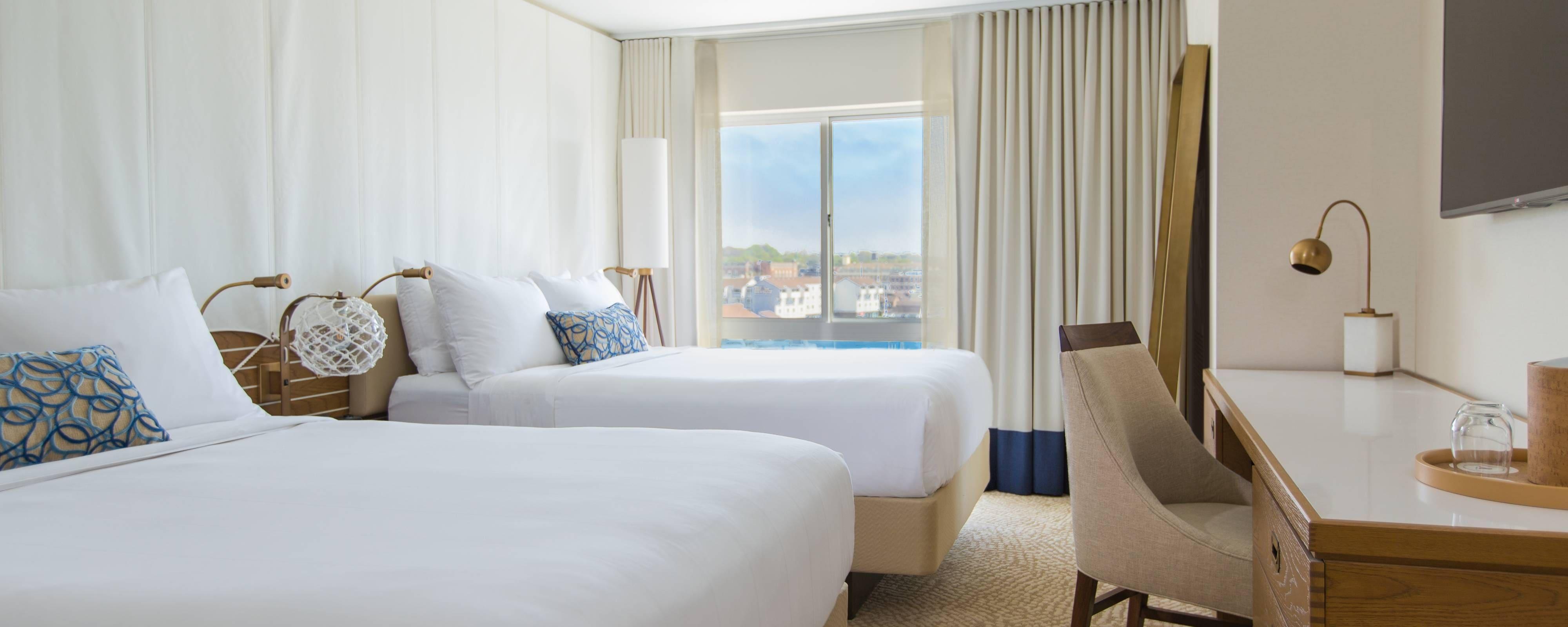 Newport Hotel Queen/Queen Guest Room View