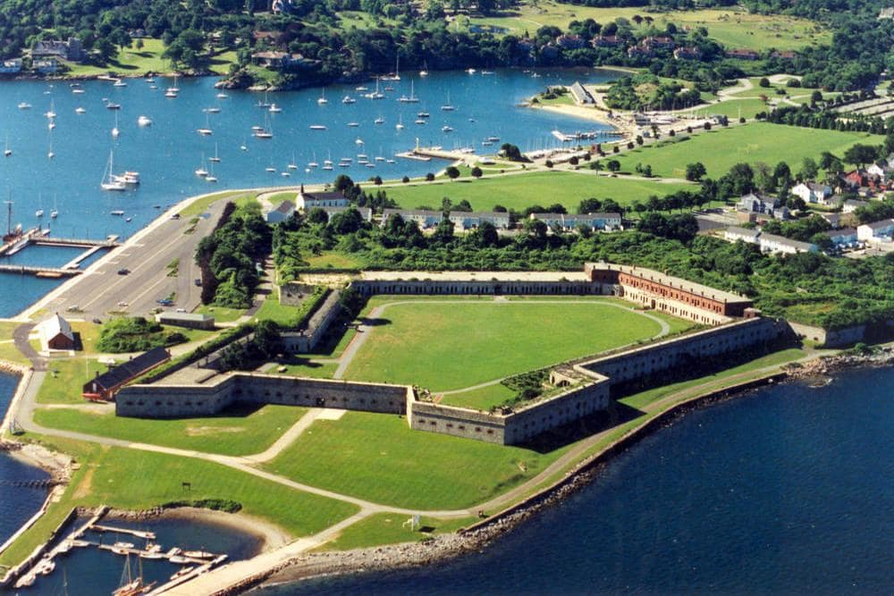 Newport Hotel near Fort Adams