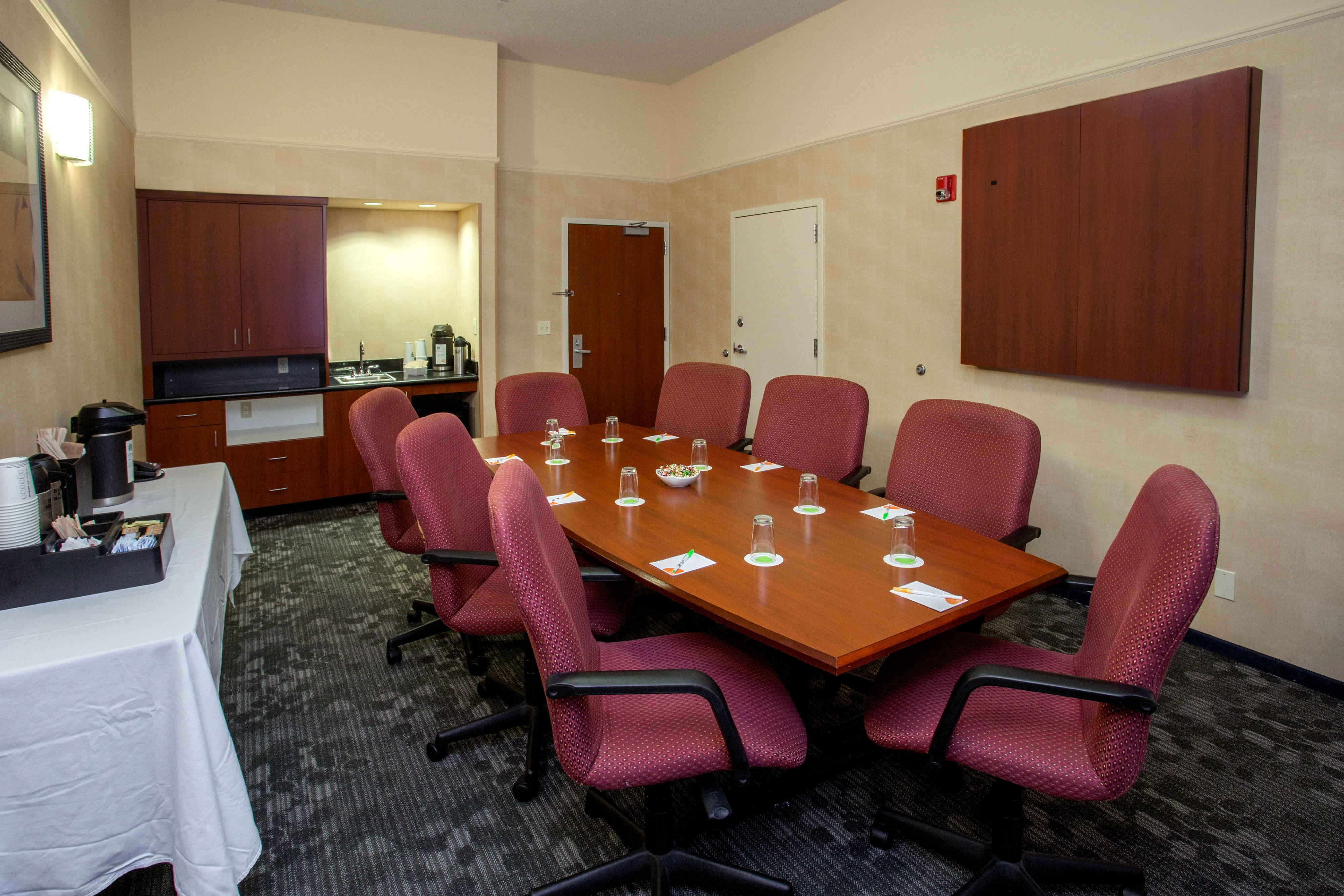 Boston Raynham Hotel Meeting Room C
