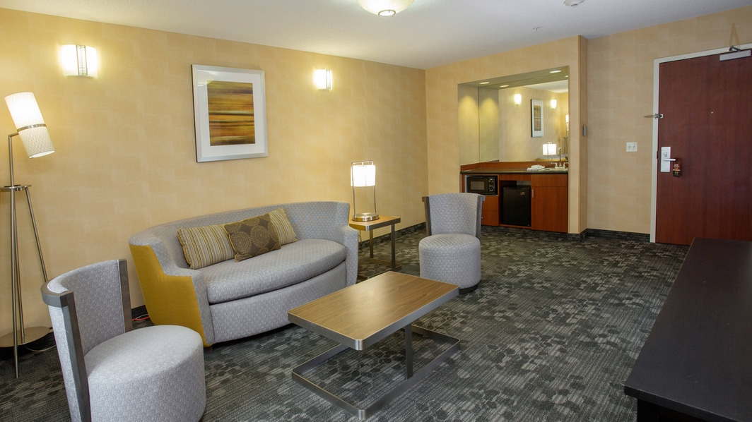 Boston Raynham Hotel Queen Queen Suite