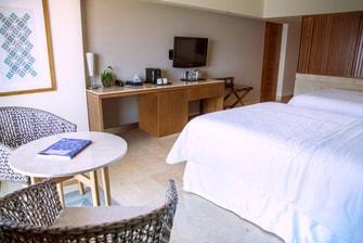 Habitación Grand Deluxe con vista al mar de dos camas dobles