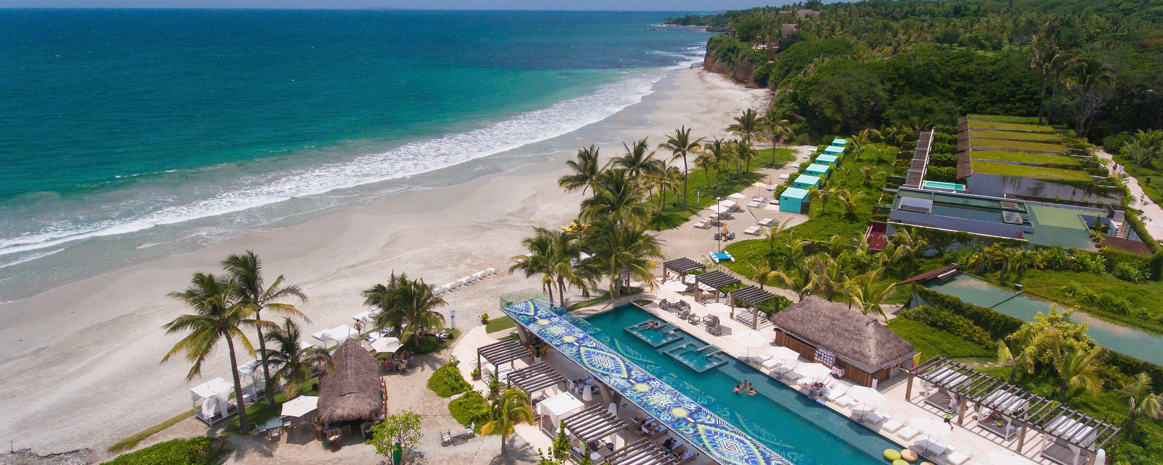 Línea de playa y terraza WET