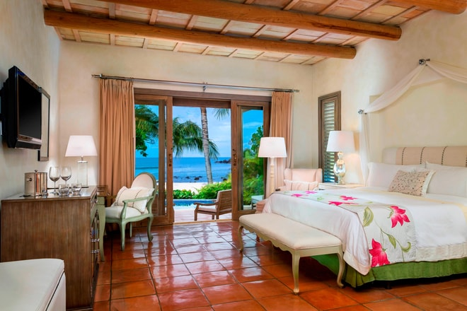 One-Bedroom Beachfront Villa