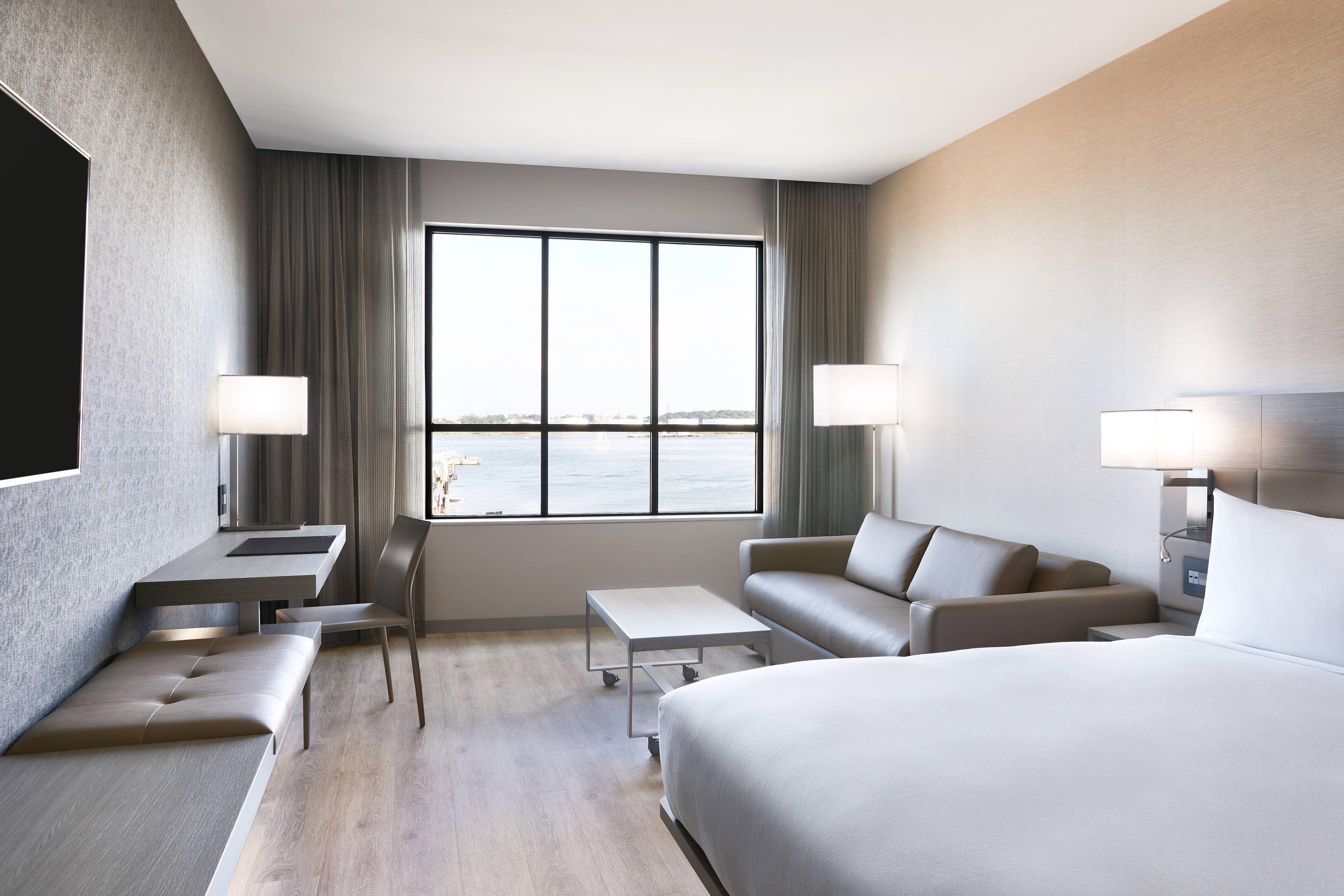 King Guest Room - Harbor View