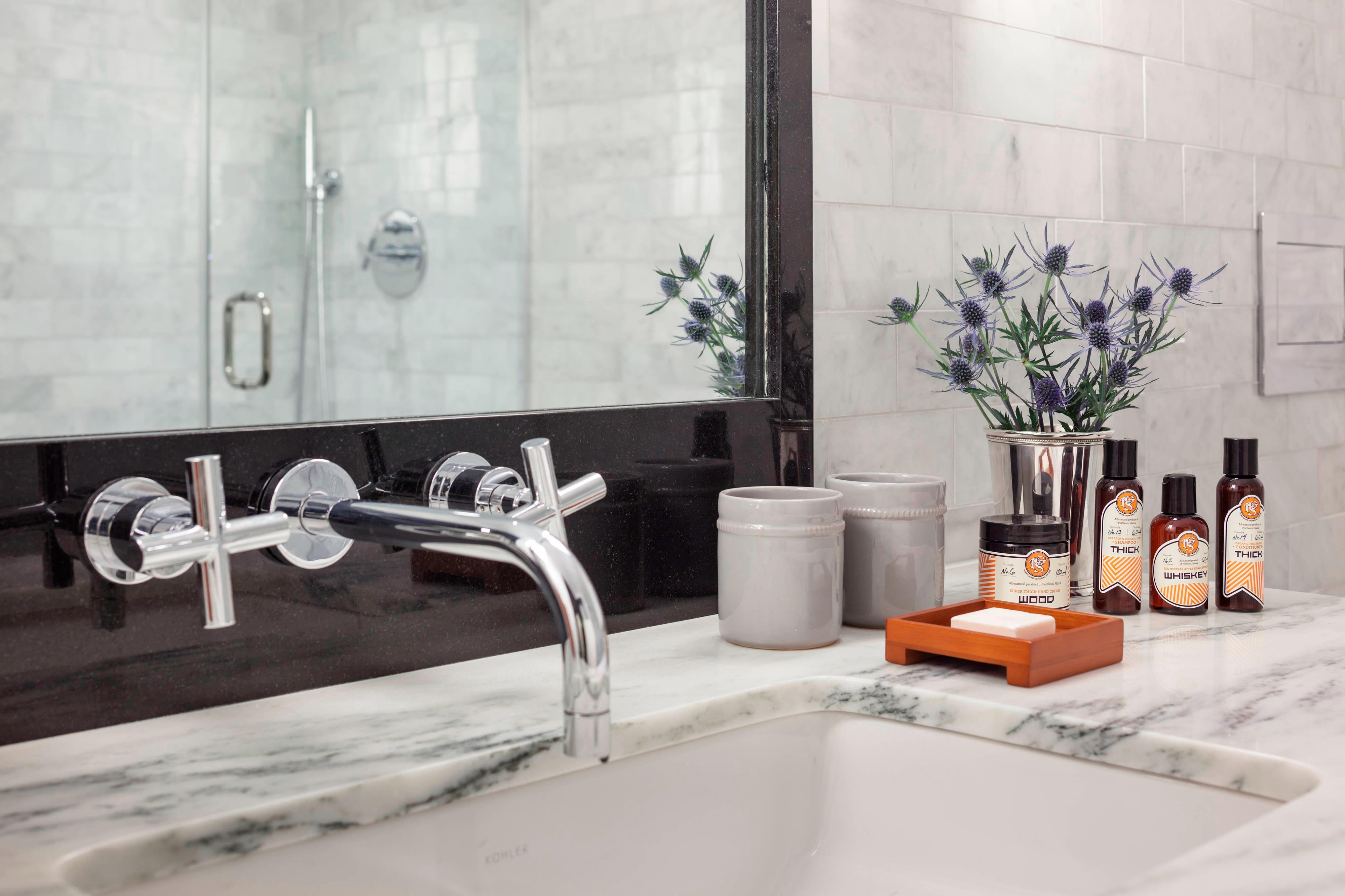 Press Hotel Luxurious bathroom amenities