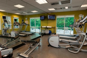 Brunswick Maine hotel fitness center