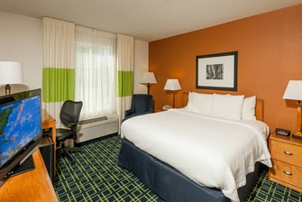Brunswick Maine hotel rooms