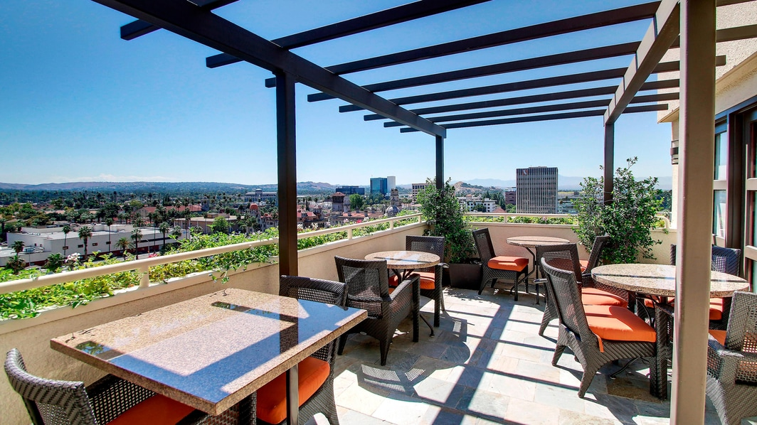 Concierge Lounge Patio
