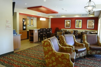 Redding TownePlace Suites Continental Breakfast