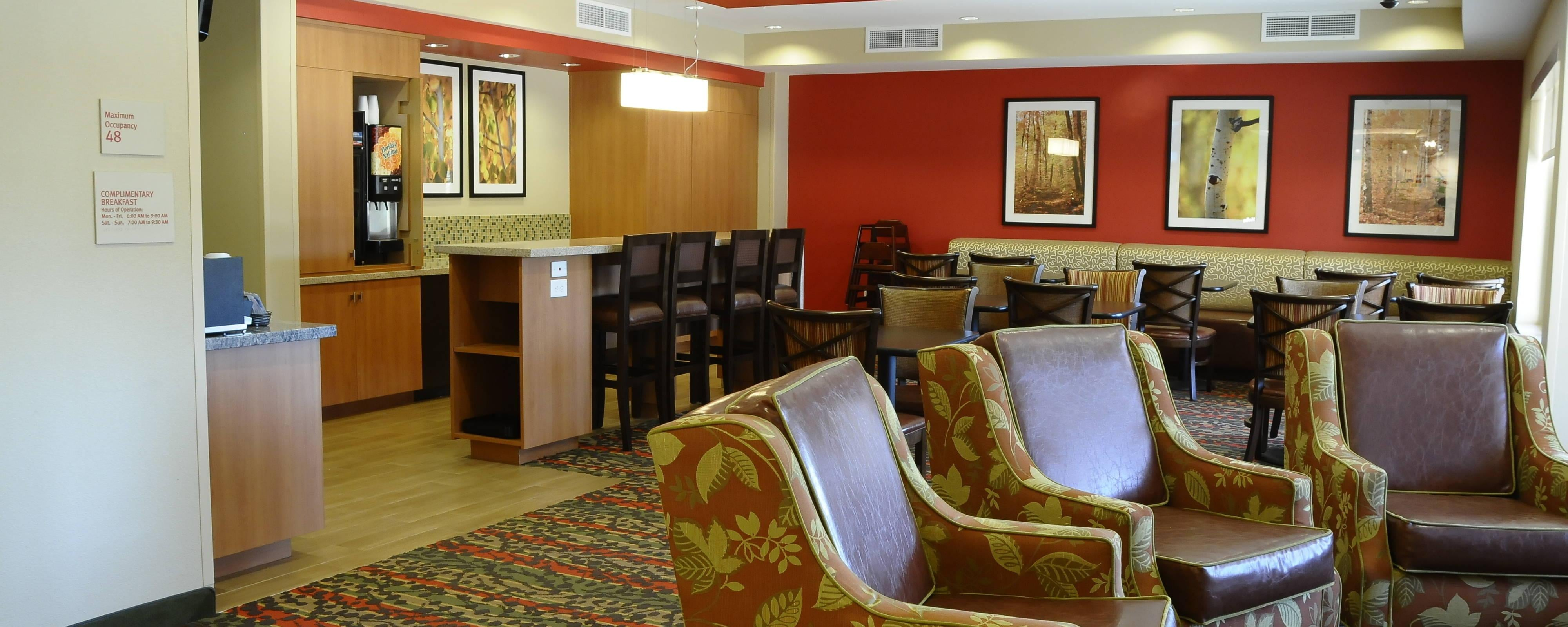 Redding hotel restaurants | TownePlace Suites Redding Dining ...