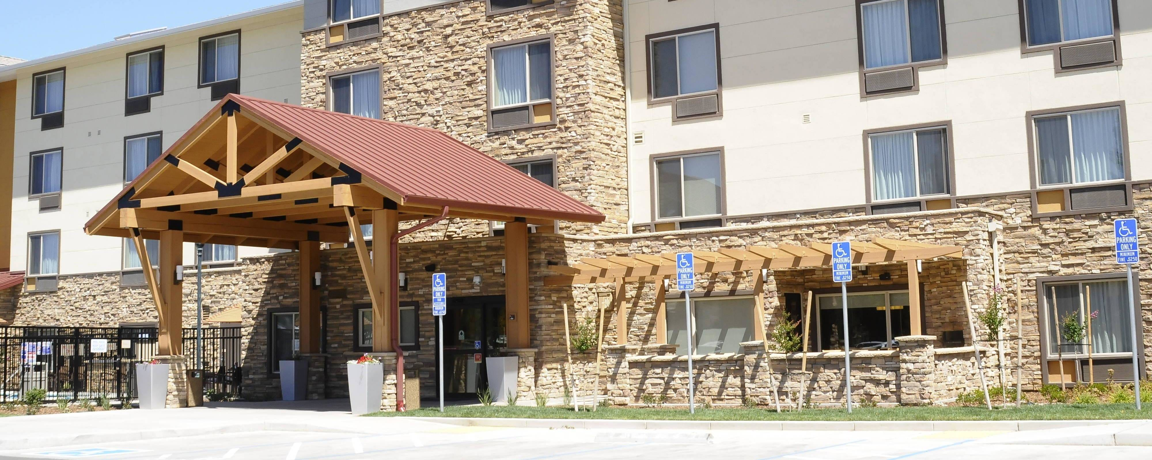 Redding TownePlace Suites Hotel
