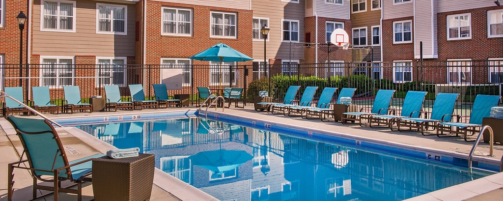 Cary nc hotels with fitness center and pool residence inn raleigh cary for Swimming pool supplies raleigh nc
