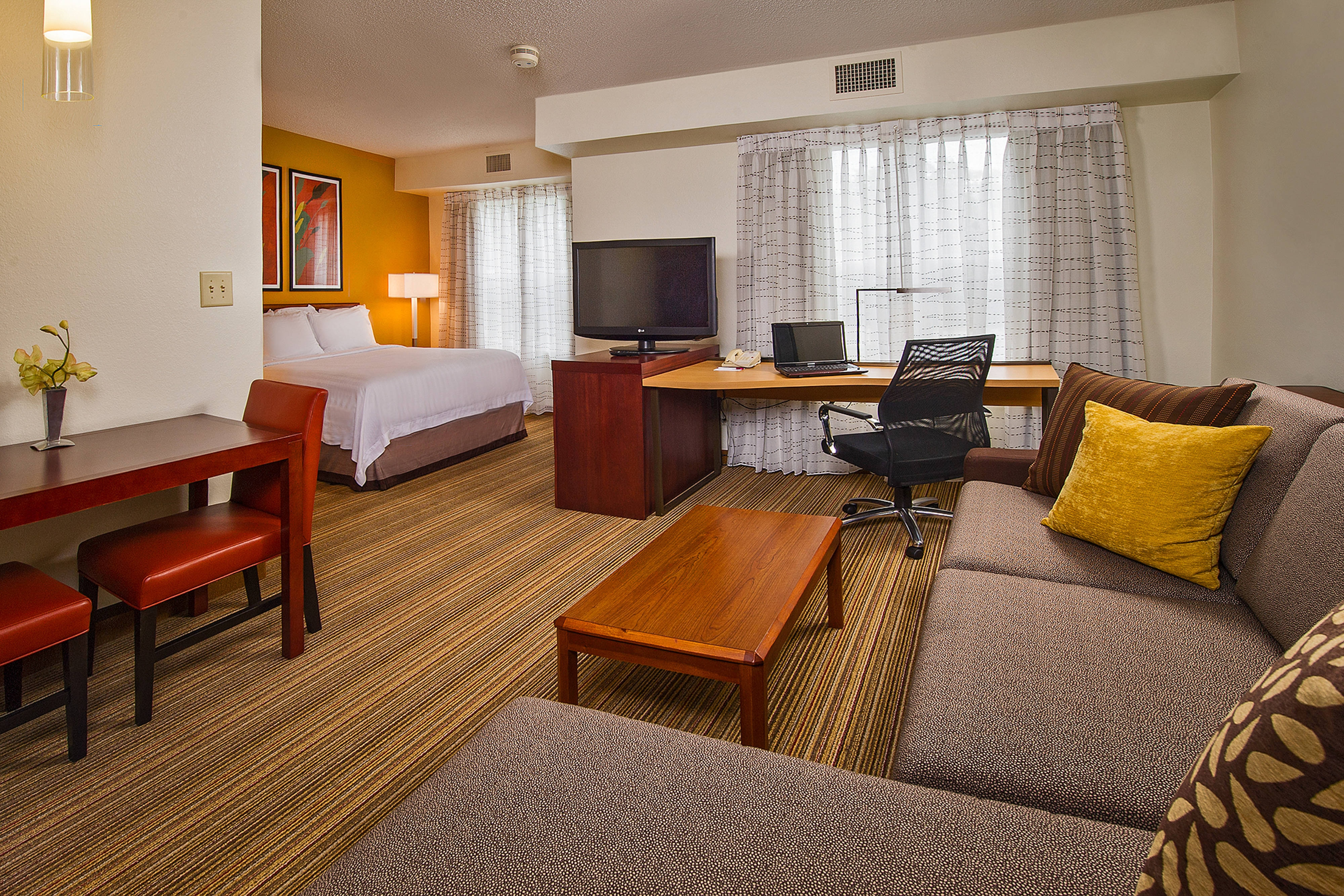 Extended-Stay Hotels in Cary, North Carolina | Residence Inn Raleigh ...