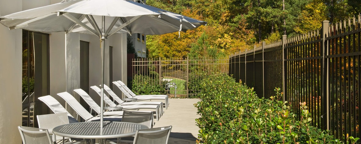 SpringHill Suites Raleigh-Durham Airport Outdoor Patio