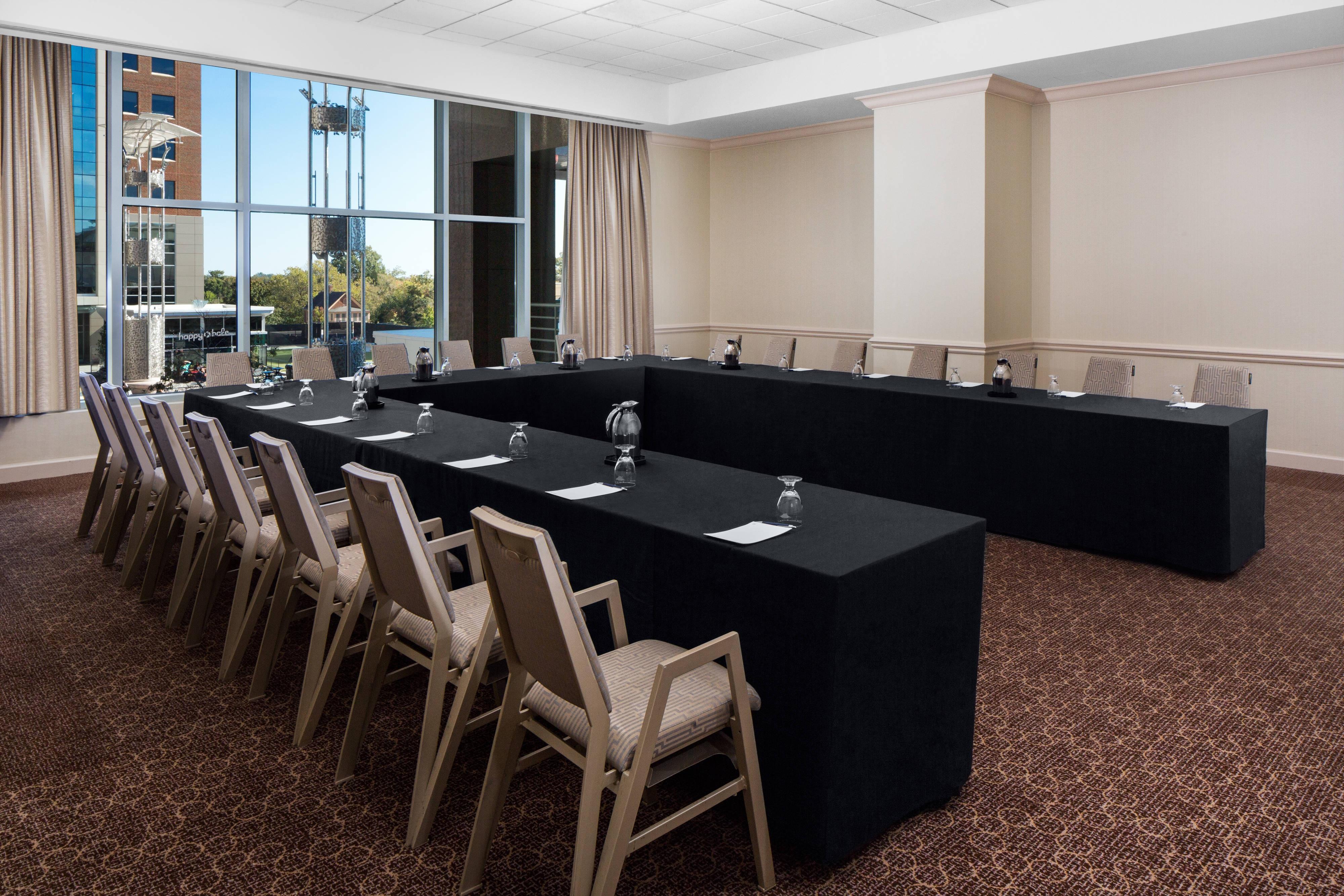 Capital Meeting Room