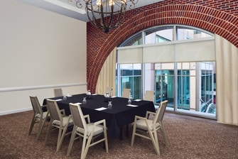 Pin Oak Meeting Room