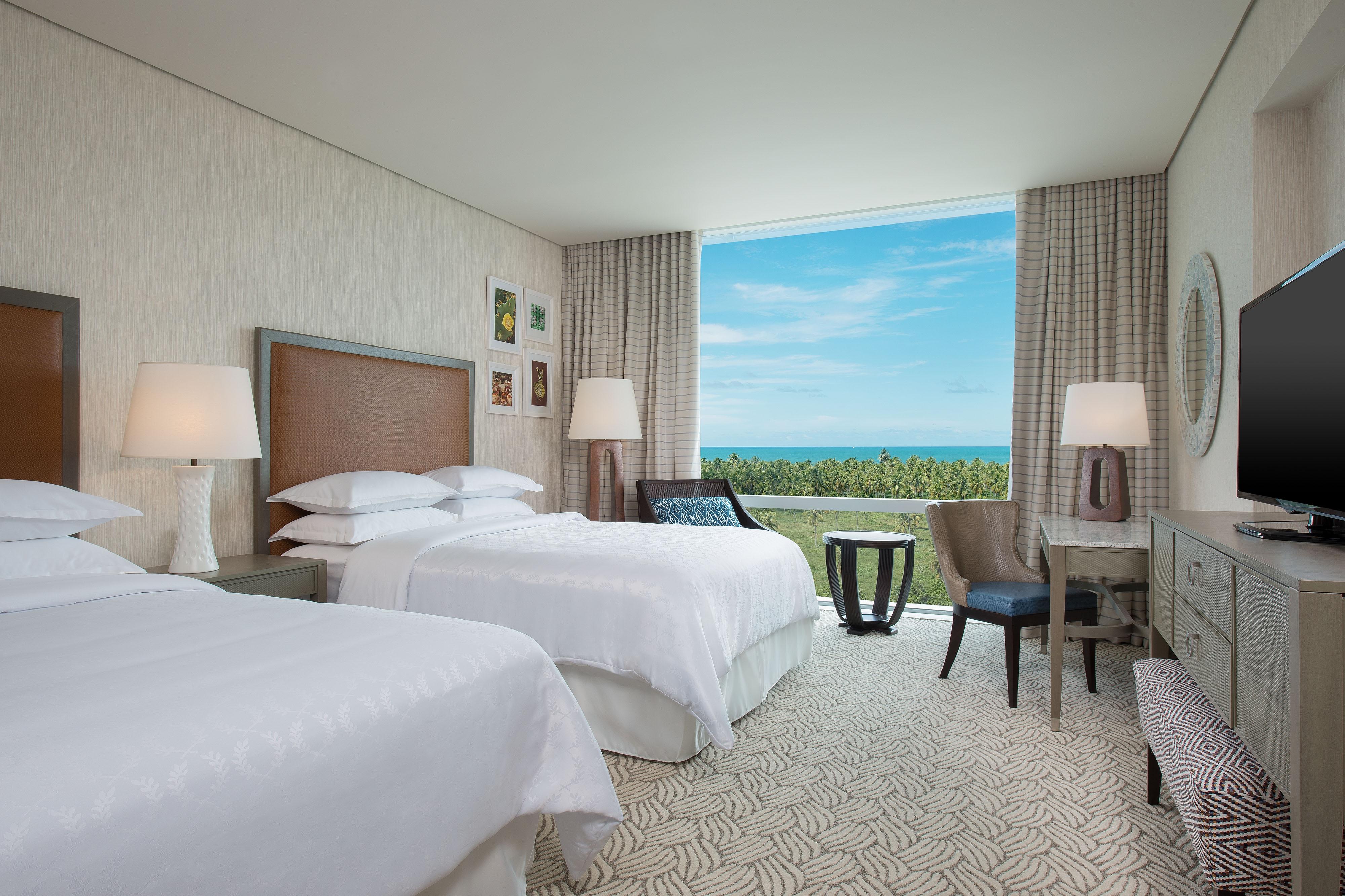Queen/Queen Guestroom Ocean View