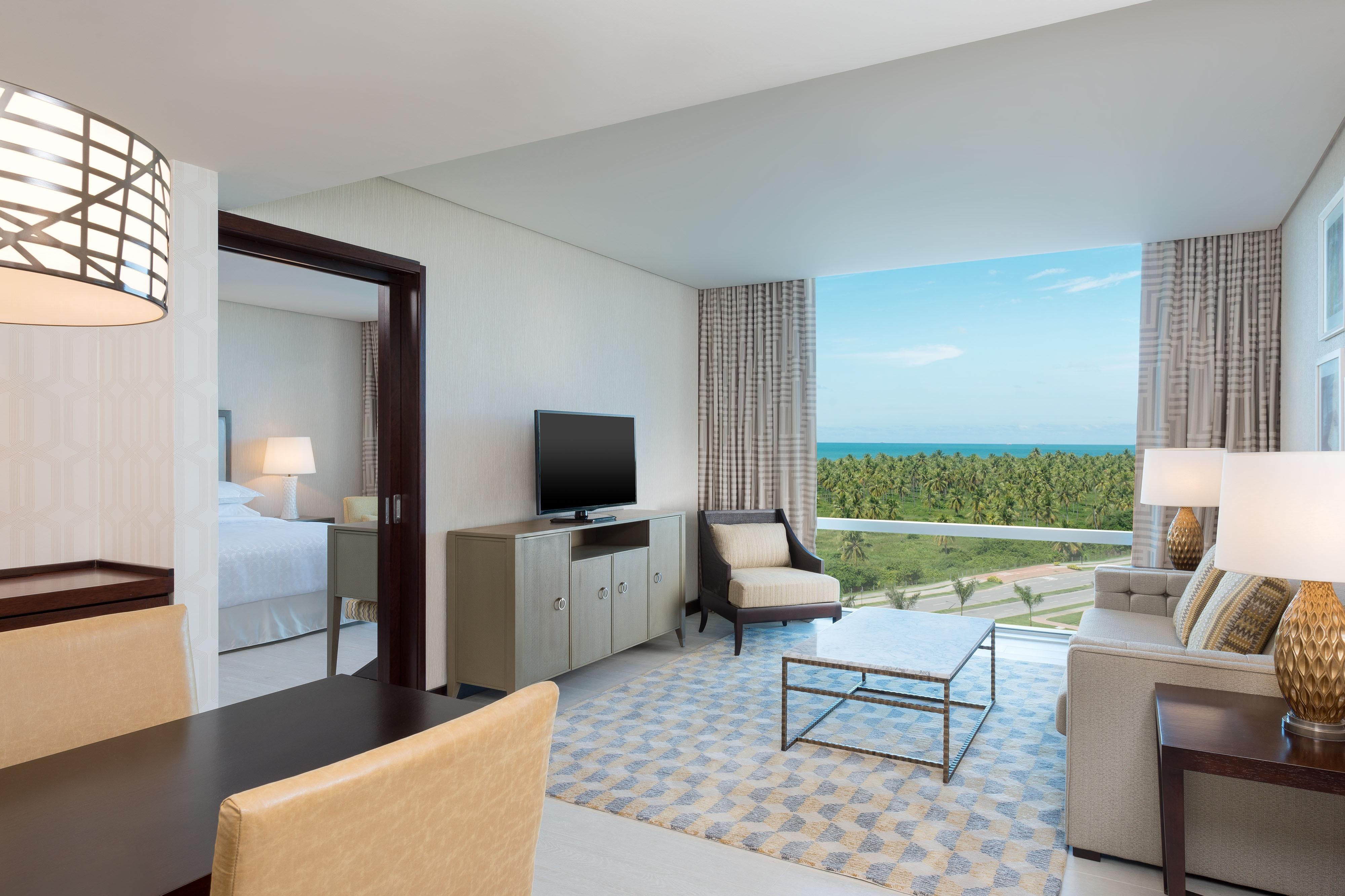 Club Suite Ocean View Living