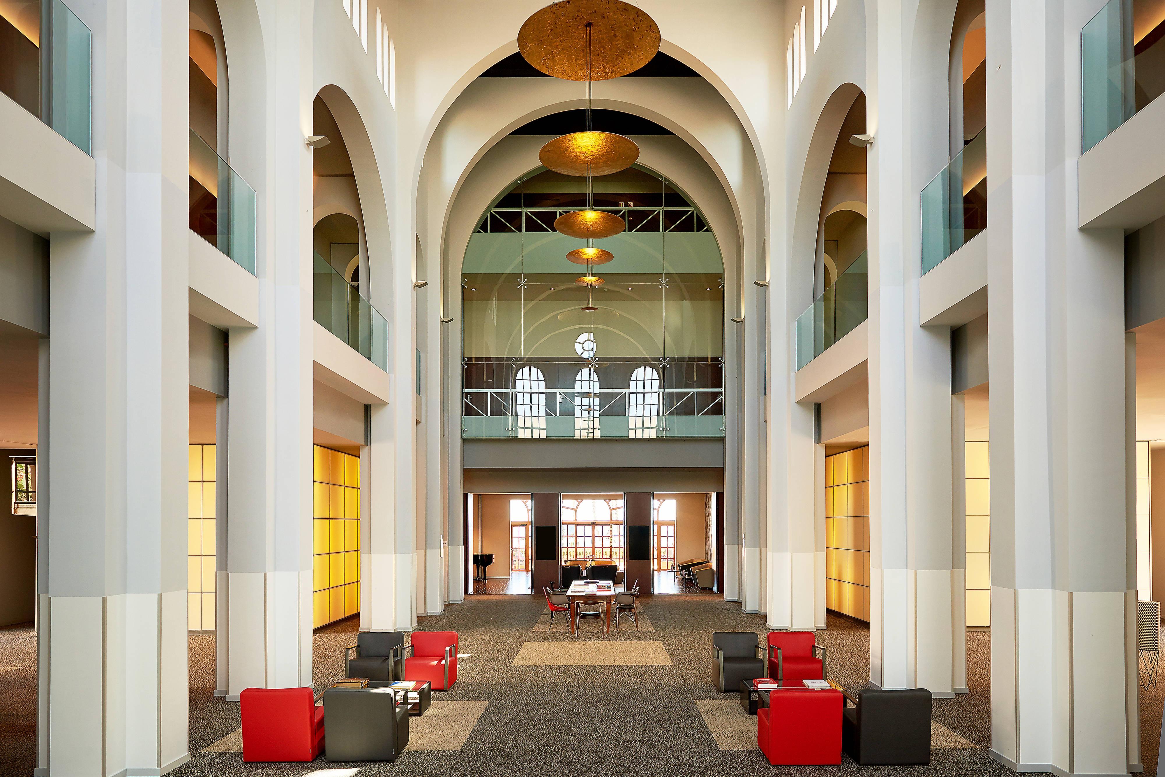 Le Méridien Hub, lobby