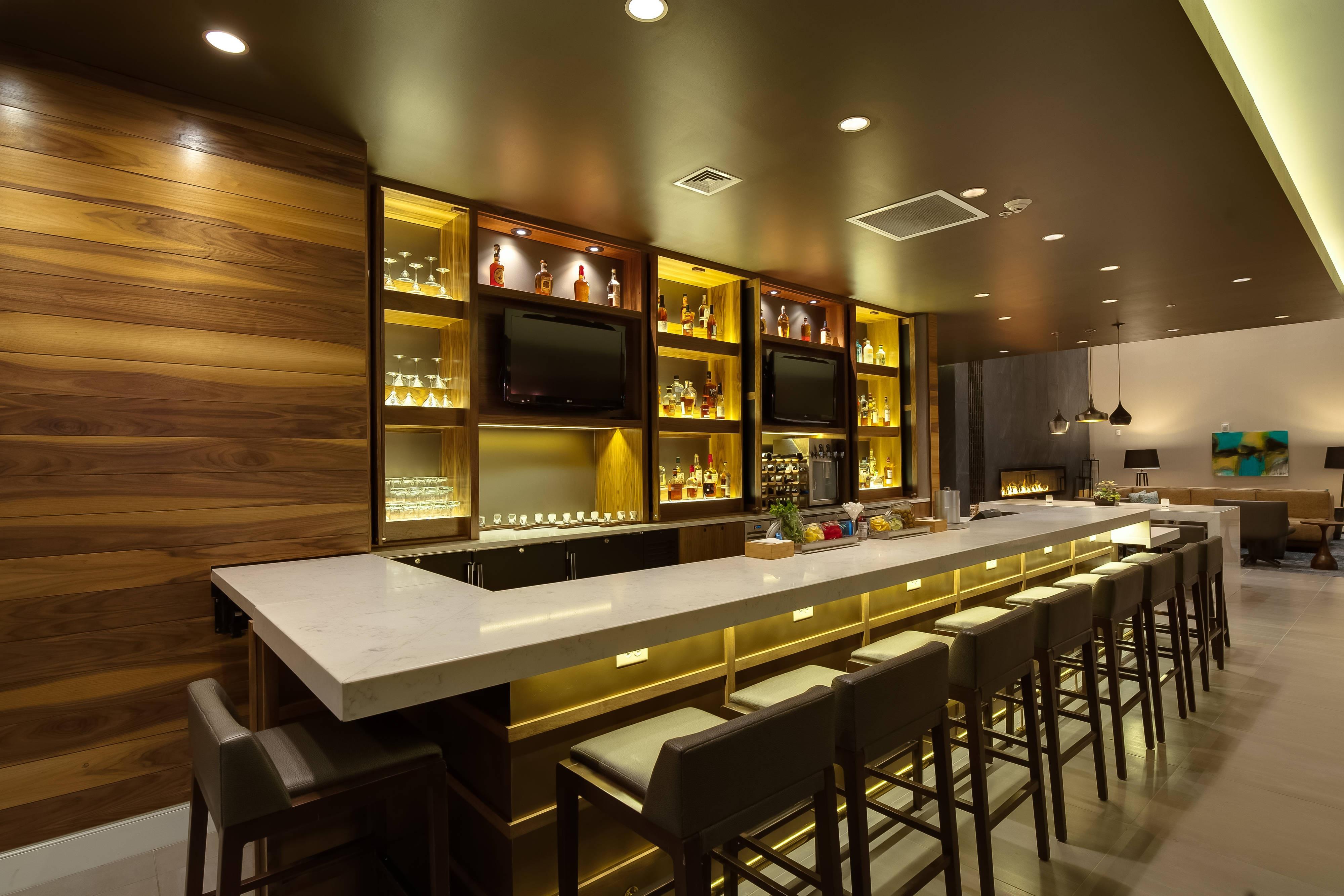Glen Allen hotel bar