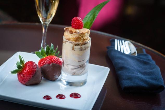 Glen Allen hotel restaurant dessert