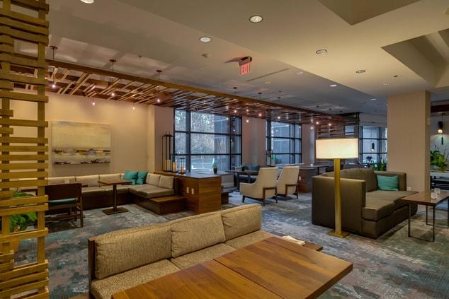 Lounge at Glen Allen hotel