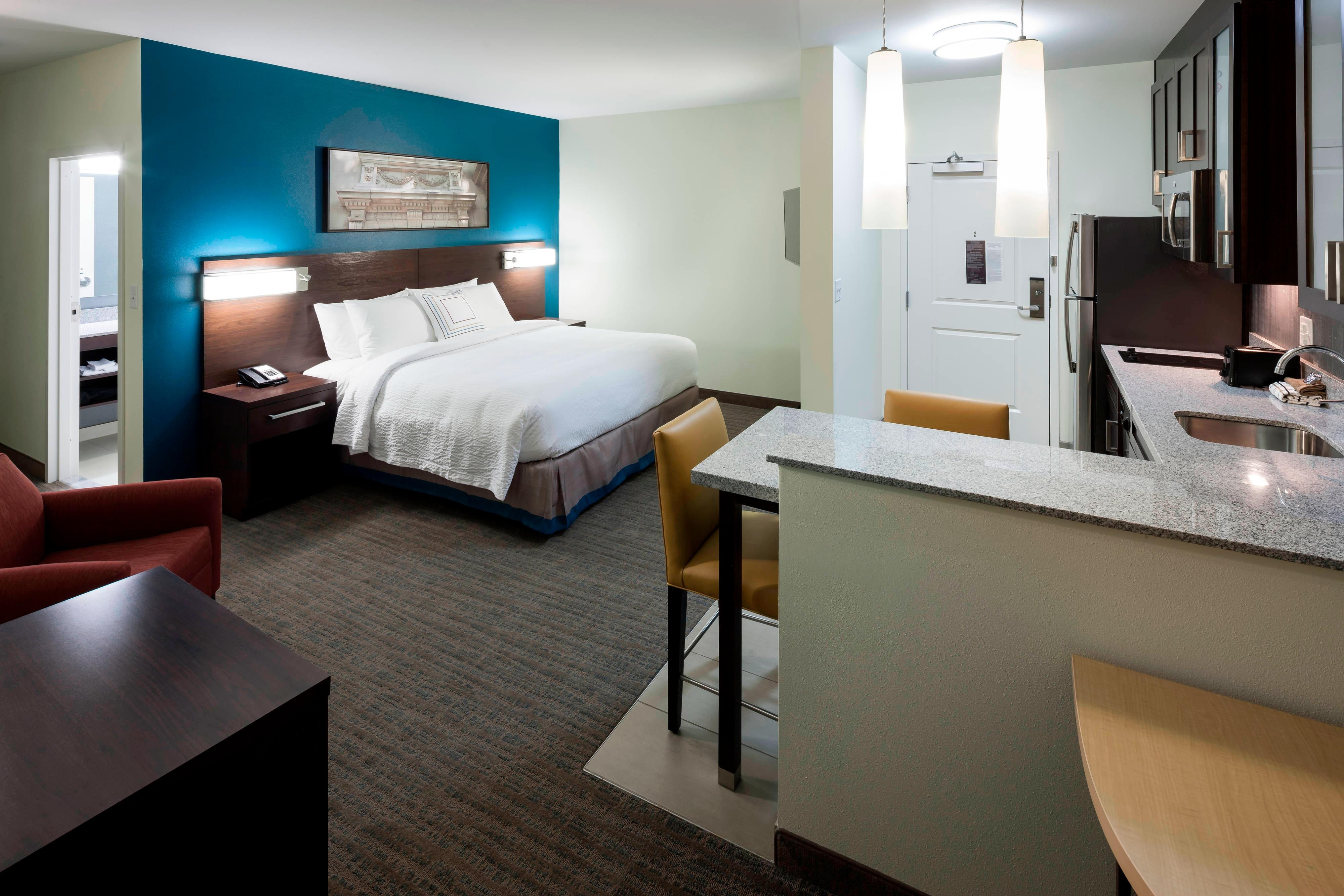 Downtown Richmond Hotel Suites